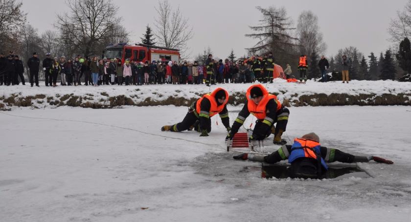 Prewencja , Szkolenie dziedziny ratownictwa lodzie Bielsku Podlaskim - zdjęcie, fotografia