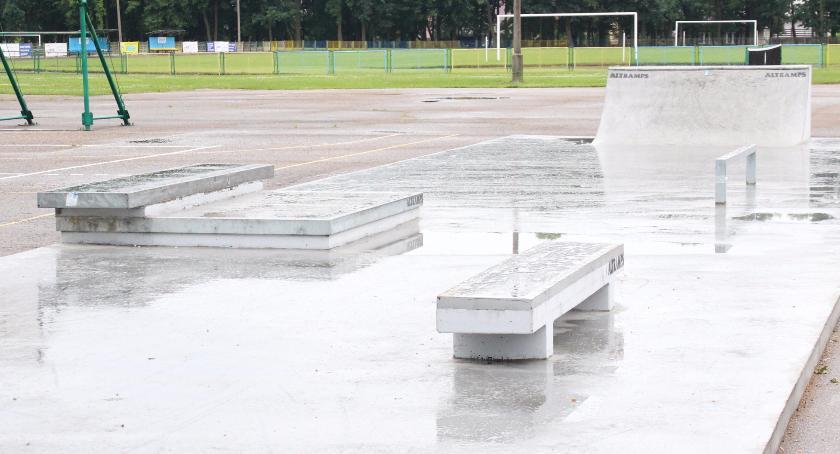 Inne, Bielski skatepark nowym elementem - zdjęcie, fotografia