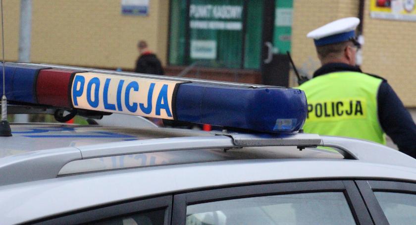 Przestępstwa i Wykroczenia , Stałe kontrole pojazdów zatrzymane dowody rejestracyjne - zdjęcie, fotografia