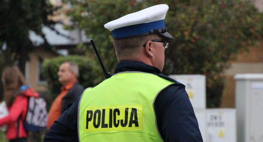 Przestępstwa i Wykroczenia , Kolejne prawo jazdy odebrane Wojska Polskiego - zdjęcie, fotografia