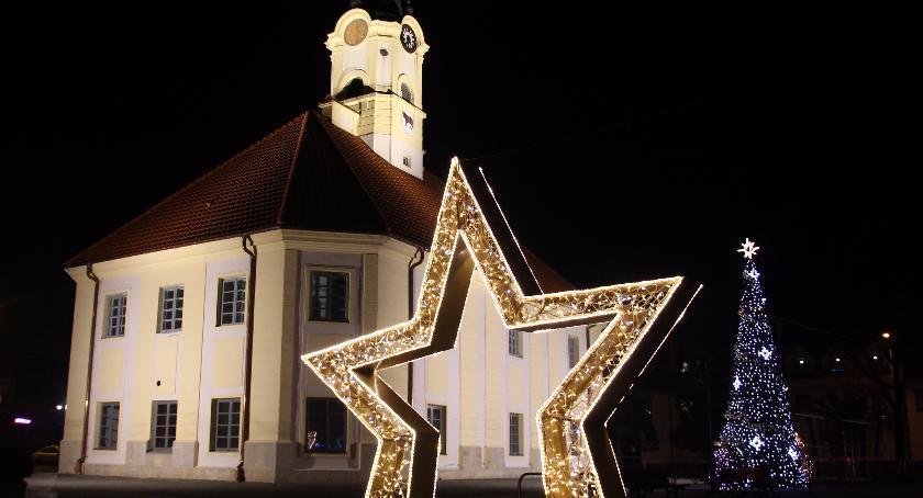 Rekreacja, Bielsk Podlaski świąteczne dekoracje pojawiły mieście - zdjęcie, fotografia