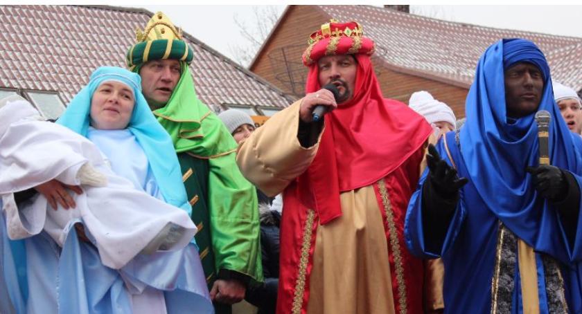 Religia , Orszak Trzech Króli jasełka ulicach Bielska Podlaskiego Brańska - zdjęcie, fotografia